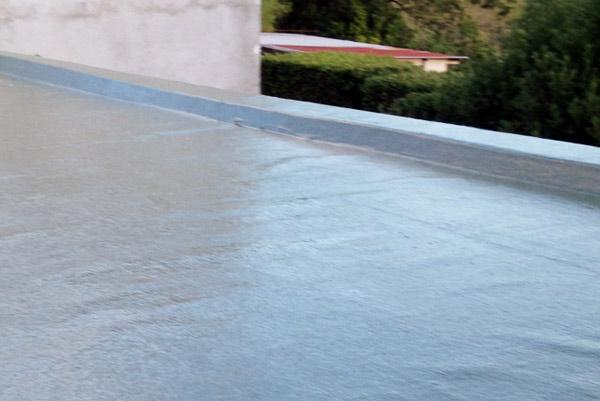 création toit terrasse polyester